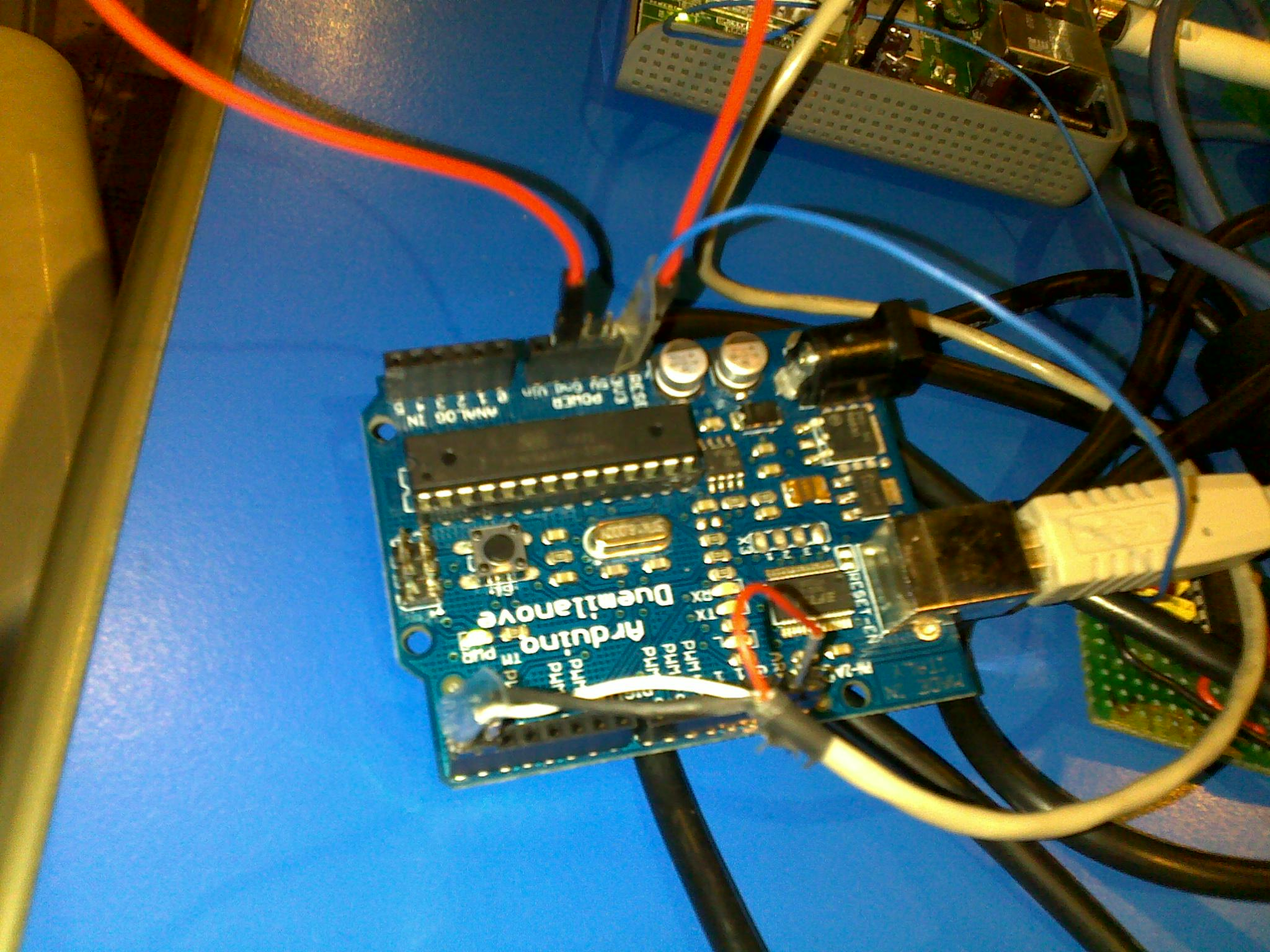 Use the Arduino Duemilanove as a serial adaptor -  [ZooBaB]